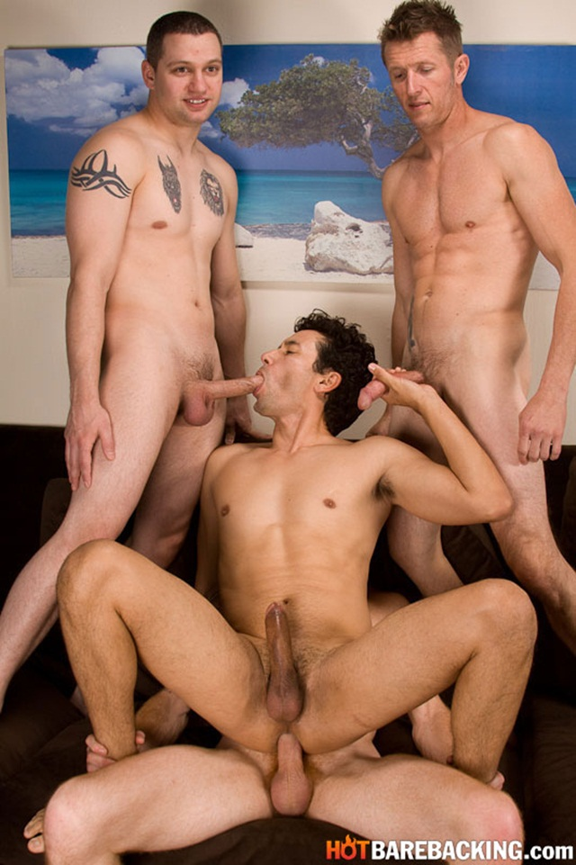 Gabriel DAlessandro Zach OMally Kirby Thomas Chad Brooks Hot Barebacking 05 Ripped Muscle Bodybuilder Strips Naked and Strokes His Big Hard Cock torrent photo1 - Gabriel D'Alessandro, Kirby Thomas, Zach O' Mally and Chad Brooks