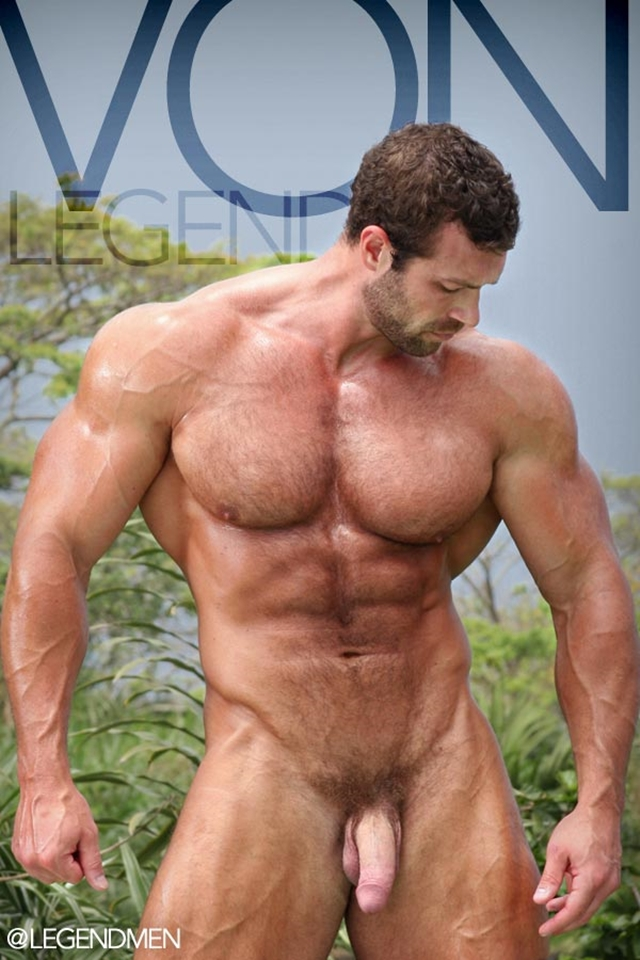 Nude-bodybuilders-Von-Legend-Gay-porn-pics-photo