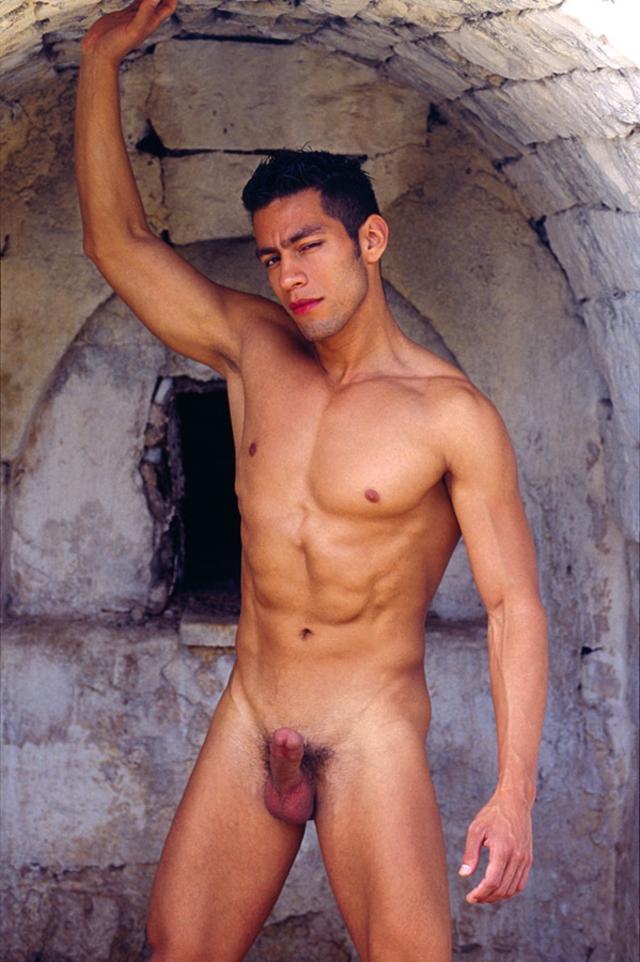 Ricky-Lucas-Kazan-Italian-latin-gay-men-latino-straight-men-naked-straight-latino-men-06-pics-gallery-tube-video-photo