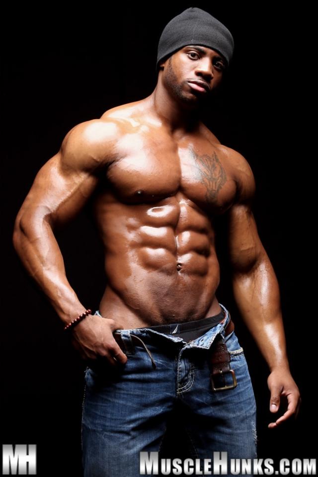 Varik-Best-Live-Muscle-Show-Gay-Naked-Bodybuilder-nude-bodybuilders-gay-muscles-big-muscle-men-gay-sex-05-gallery-video-photo