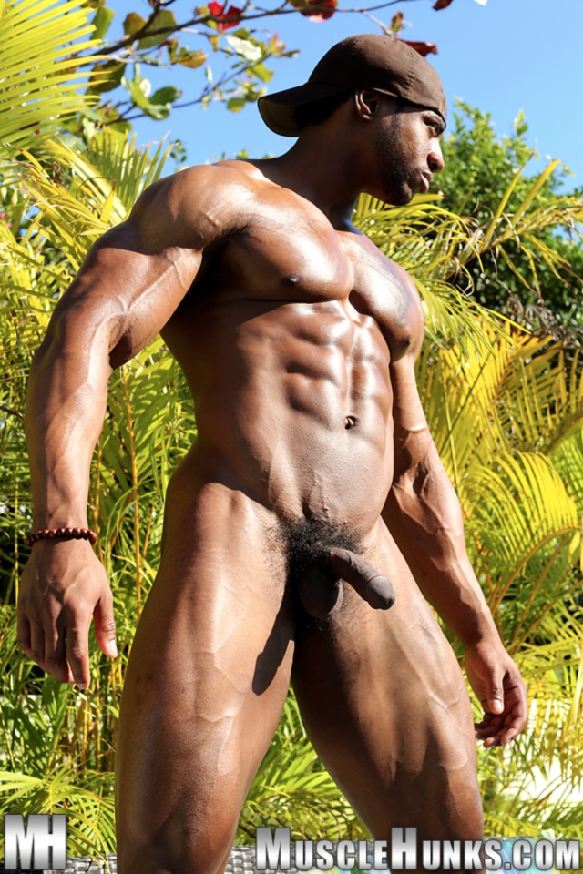 Varik-Best-Live-Muscle-Show-Gay-Naked-Bodybuilder-nude-bodybuilders-gay-muscles-big-muscle-men-gay-sex-09-gallery-video-photo