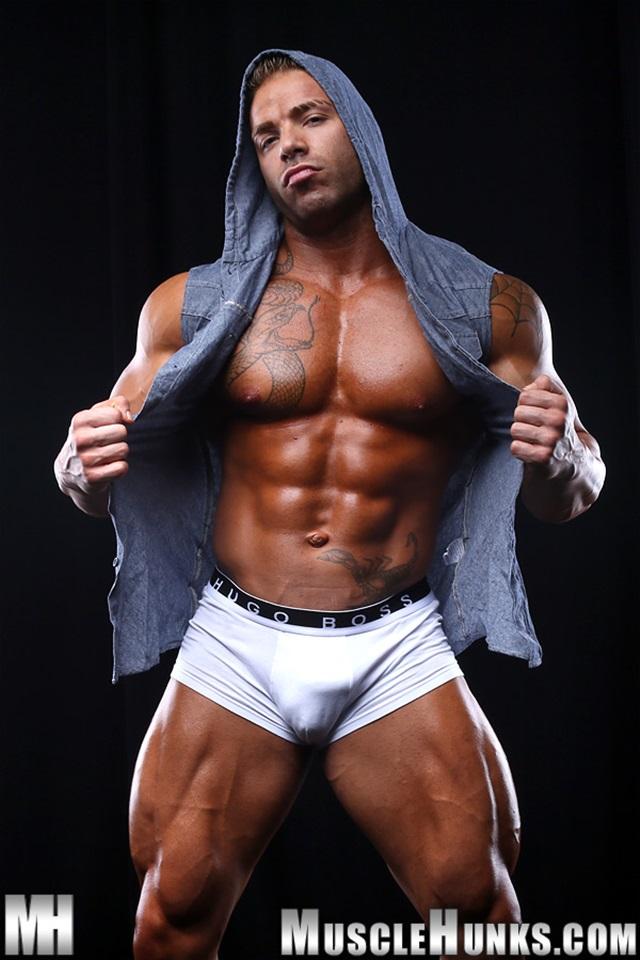 Max-Hilton-Muscle-Hunks-nude-gay-bodybuilders-porn-muscle-men-xvideos-xtube-hunks-big-uncut-cocks-jockstrap-001-male-tube-red-tube-gallery-photo