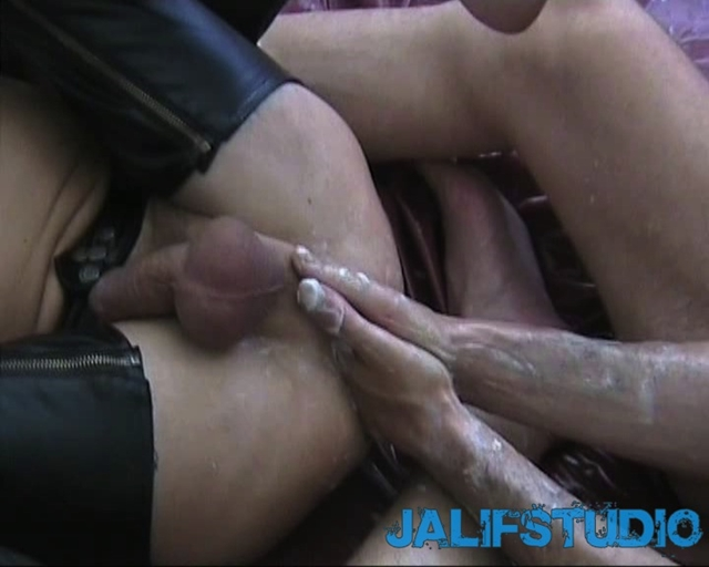 Burthard-Roth-and-Thomas-Lindner-Jalif-Studio-fisting-anal-stretch-ass-abuse-naked-men-013-male-tube-red-tube-gallery-photo