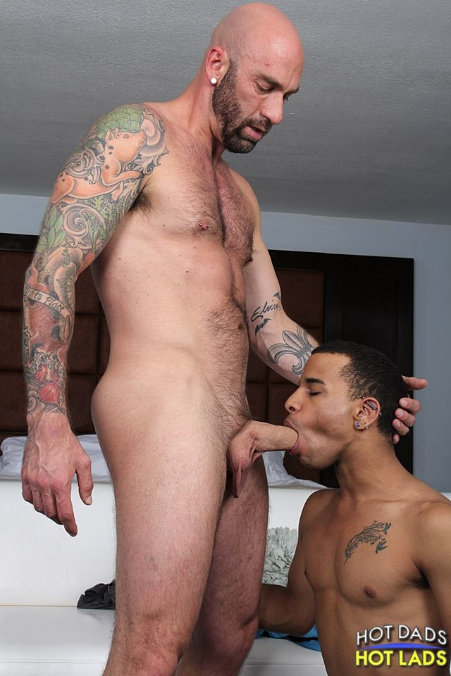 Hot-Lads-Hot-Dads-Hung-daddy-Drew-Sebastian-power-bottom-lad-Trelino-kiss-Drew-Sebastian-thick-cum-load-005-male-tube-red-tube-gallery-photo