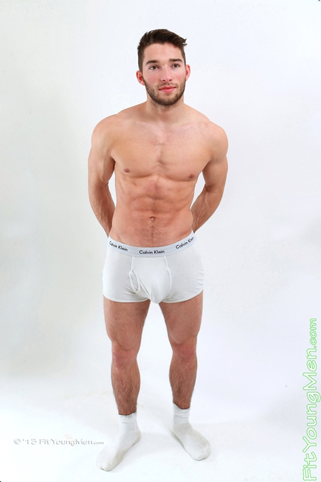 Max-Brownlee-Fit-Young-Men-Nude-Sportsmen-Big-Uncut-Cock-Sports-Ripped-Muscle-pup-006-male-tube-red-tube-gallery-photo