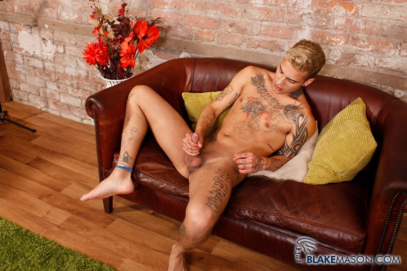 BlakeMason-Mickey-Taylor-handsome-sexy-young-man-ink-tattoo-male-model-massive-uncut-cock-underwear-fetish-wanking-solo-007-tube-download-torrent-gallery-photo