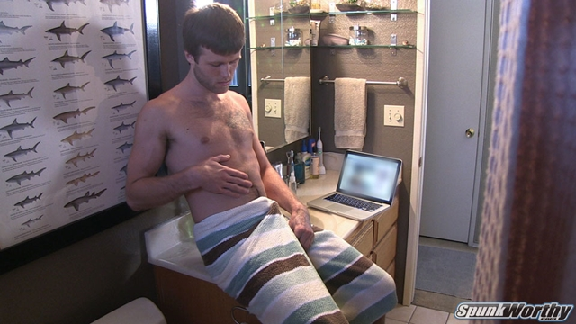 Spunkworthy-little-lube-Cy-fingers-disappearing-up-his-ass-bottom-again-cum-dripping-down-body-003-male-tube-red-tube-gallery-photo