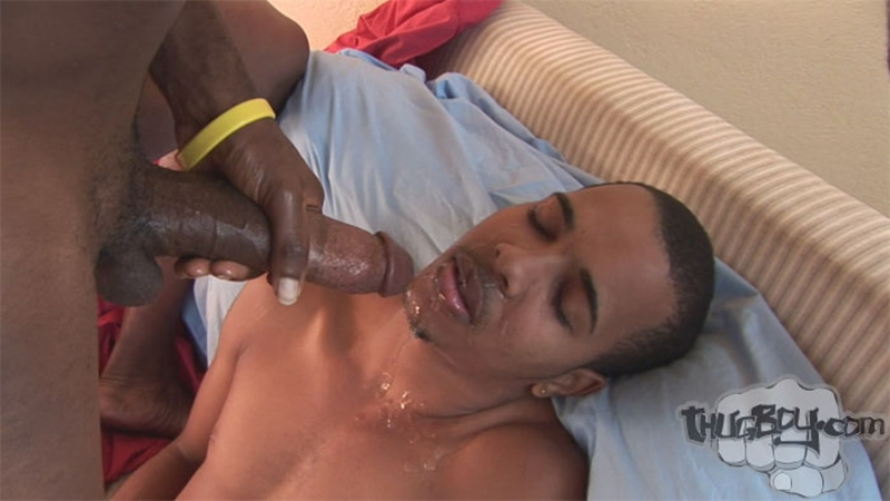 thug sucking dick