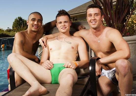 Horny-twink-threesome-with-Joey-Hard-Jake-Farren-and-Hollis-Emery-01-Young-nude-Boy-Twink-Strips-Naked-and-Strokes-His-Big-Hard-Cock-torrent-photo