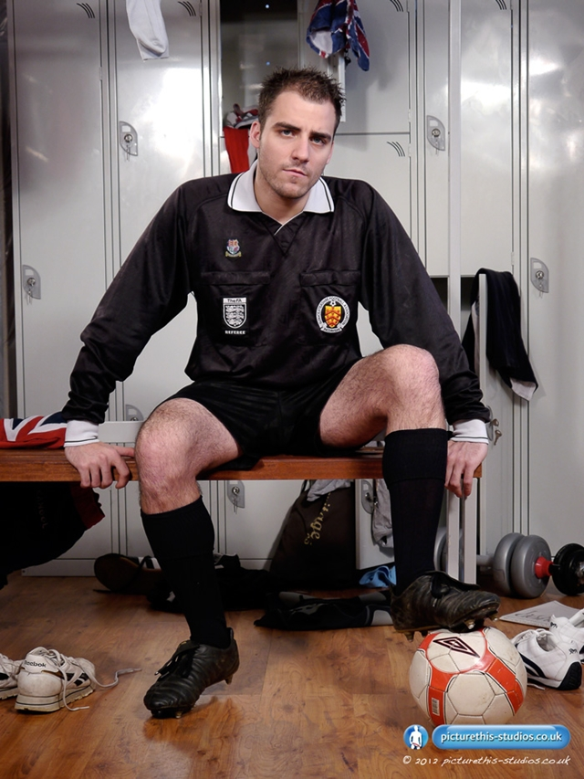 Picture this Studios – Hot naked football referee Fraser Jacs jacks off in the locker room!