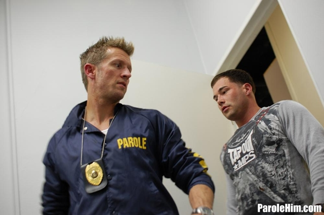 Prisoner blowjob Benny G forced to suck officer Johnson dick for favors at Parole Him 01 Ripped Muscle Bodybuilder Strips Naked and Strokes His Big Hard Cock torrent photo1 - Prisoner blowjob Benny G forced to suck officer Johnson dick for favors