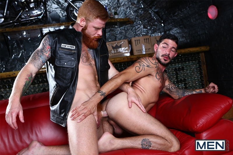men  Men com Bennett Anthony fucks famous gay porn star Johnny Hazzard ginger pubes redhead big furry cock tight asshole 012 tube video gay porn gallery sexpics photo Bennett Anthony fucks gay porn star Johnny Hazzard's tight ass