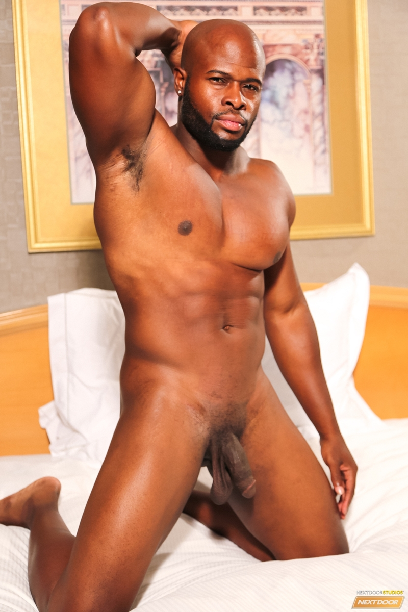 Sexy Black Dude Darian A Wanks Out A Huge Load Of Muscle -8260