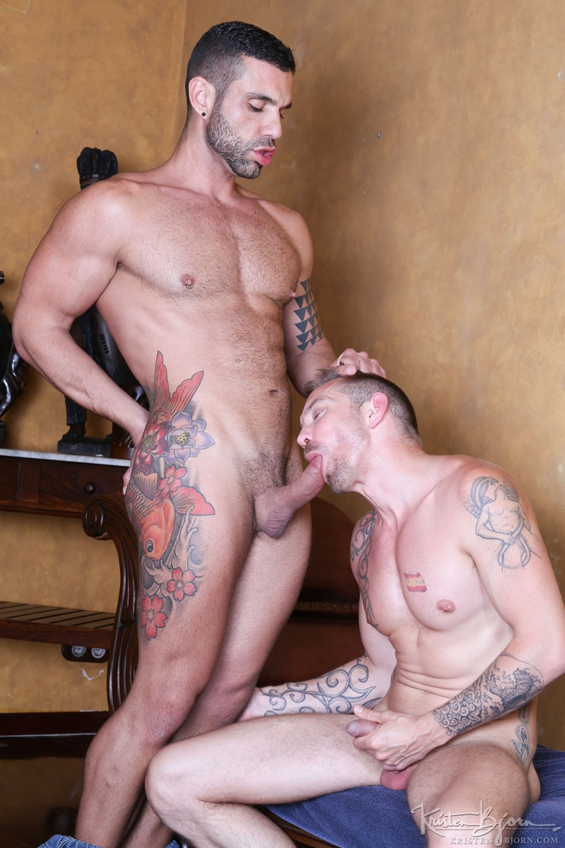 KristenBjorn-naked-muscle-hunk-Letterio-Amadeo-Stephan-Raw-bareback-fucking-foreskin-huge-big-raw-uncut-cock-muscular-hunk-004-gay-porn-video-porno-nude-movies-pics-porn-star-sex-photo
