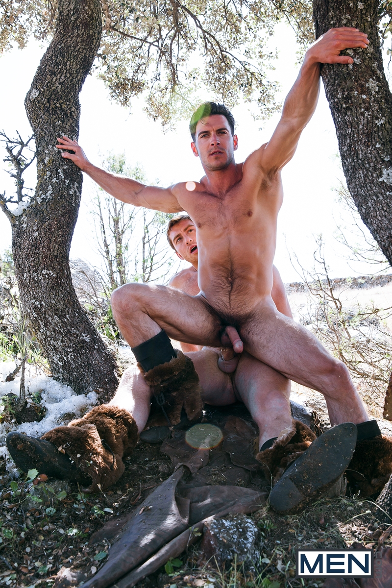 Men com Gay Of Thrones Paddy OBrian sucking first time big sexy cock Connor Maguire hunks fuck hairy muscle hunk smooth muscled boy 024 gay porn video porno nude movies pics porn star sex photo - Gay Of Thrones II Paddy O'Brian suck his first cock ever Connor Maguire gets lucky