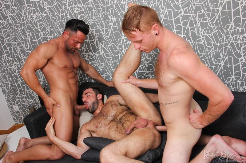 KristenBjorn-Alex-Brando-naked-big-muscle-bodybuilder-Jose-Quevedo-Tom-Vojak-smooth-muscles-huge-thick-long-uncut-cock-sucking-heaven-hairy-ass-014-gay-porn-tube-star-gallery-video-photo