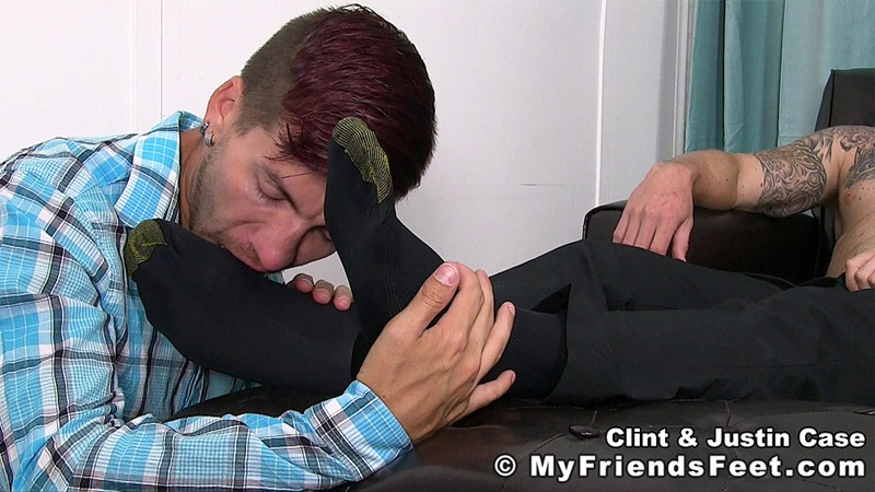 myfriendsfeet-foot-fetish-young-guys-socks-justin-case-clint-bare-foot-worshiping-huge-size-13-shoes-feet-fetishist-007-gay-porn-sex-gallery-pics-video-photo