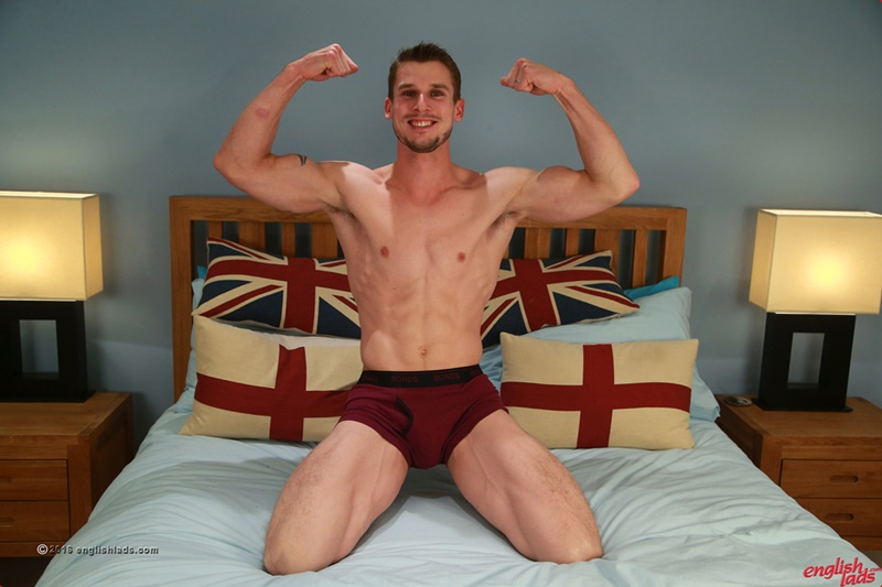 englishlads-sexy-straight-young-muscle-dude-ripped-abs-ellis-mann-wanks-huge-cock-big-thick-uncut-cock-cum-load-of-jizz-001-gay-porn-sex-gallery-pics-video-photo