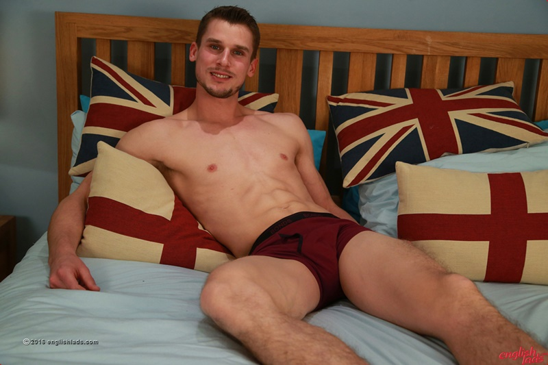 englishlads-sexy-straight-young-muscle-dude-ripped-abs-ellis-mann-wanks-huge-cock-big-thick-uncut-cock-cum-load-of-jizz-021-gay-porn-sex-gallery-pics-video-photo