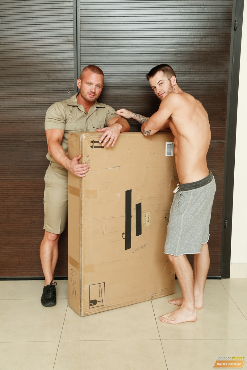 NextDoorBuddies sexy naked muscle dudes James Huntsman anal fucks Quentin Gainz big large cock tight ass hole cocksucking men kissing 004 gay porn sex gallery pics video photo - James Huntsman spins Quentin Gainz around and slaps his cock against his tight ass hole