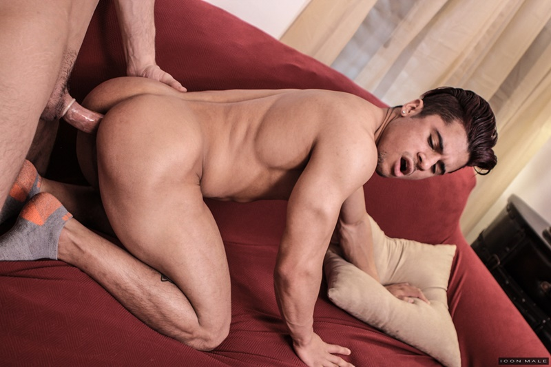 IconMale sexy naked ripped muscle boy Armond Rizzo tight young asshole fucked hard older stud Roman Todd huge dick sucking 005 gay porn sex gallery pics video photo - Armond Rizzo's tight young asshole fucked hard by older stud Roman Todd's huge dick