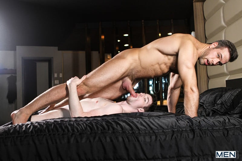 Men Hot muscled dude Alex Mecum huge cock fucks Thyle Knoxx tight bubble butt anal cocksucker rimming ass hole 001 gallery video photo - Hot muscled dude Alex Mecum's huge cock fucks Thyle Knoxx's tight bubble butt