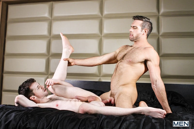 Men Hot muscled dude Alex Mecum huge cock fucks Thyle Knoxx tight bubble butt anal cocksucker rimming ass hole 025 gallery video photo - Hot muscled dude Alex Mecum's huge cock fucks Thyle Knoxx's tight bubble butt