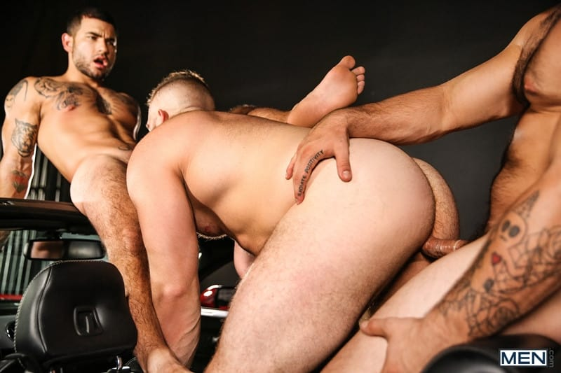 Men for Men Blog Daxx-Carter-Vadim-Black-Aspen-big-thick-dick-Hot-gay-threesome-hardcore-anal-fucking-Men-012-gay-porn-pictures-gallery Hot gay threesome Daxx Carter, Vadim Black and Aspen hardcore anal fucking Men