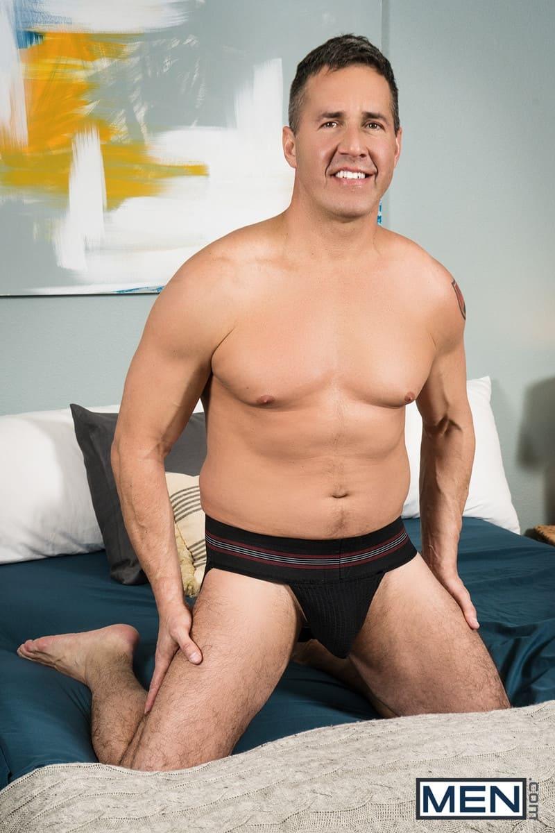 Men for Men Blog Gay-Porn-Pics-005-Michael-Del-Ray-Step-Dad-Dean-Phoenix-fucks-sexy-ass-Son-big-thick-dick-Men Step Dad Dean Phoenix fucks the sexy ass of Son Michael Del Ray Men