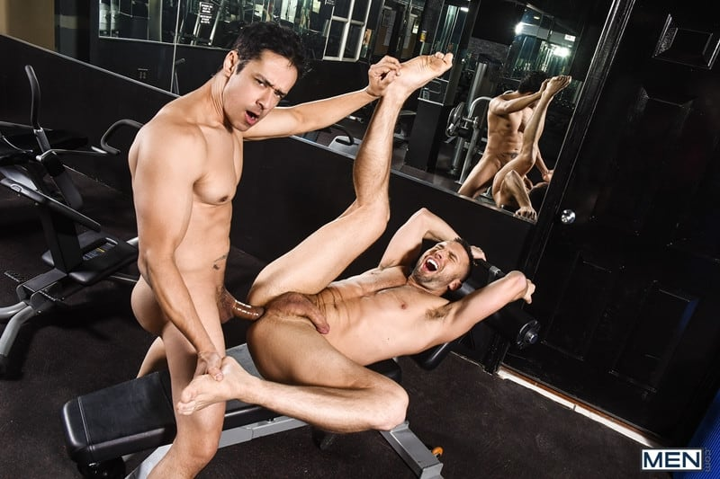 Men for Men Blog Gay-Porn-Pics-013-Colby-Tucker-Rafael-Alencar-hot-asshole-stretched-huge-muscle-cock-Men Colby Tucker's hot asshole stretched by Rafael Alencar's huge muscle cock Men