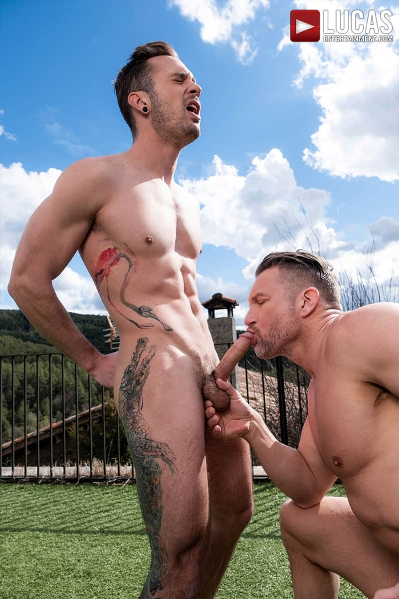 Muscle-Daddy-Tomas-Brand-bareback-fucks-Drake-Rogers-hot-bubble-butt-Ass-LucasEntertainment-019-Gay-Porn-Pics