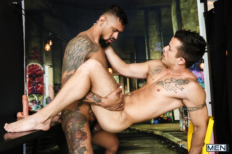 Hottie-muscle-stud-Nic-Sahara-dildo-ass-play-Boomer-Banks-thick-cock-deep-throat-Men-011-Gay-Porn-Pics