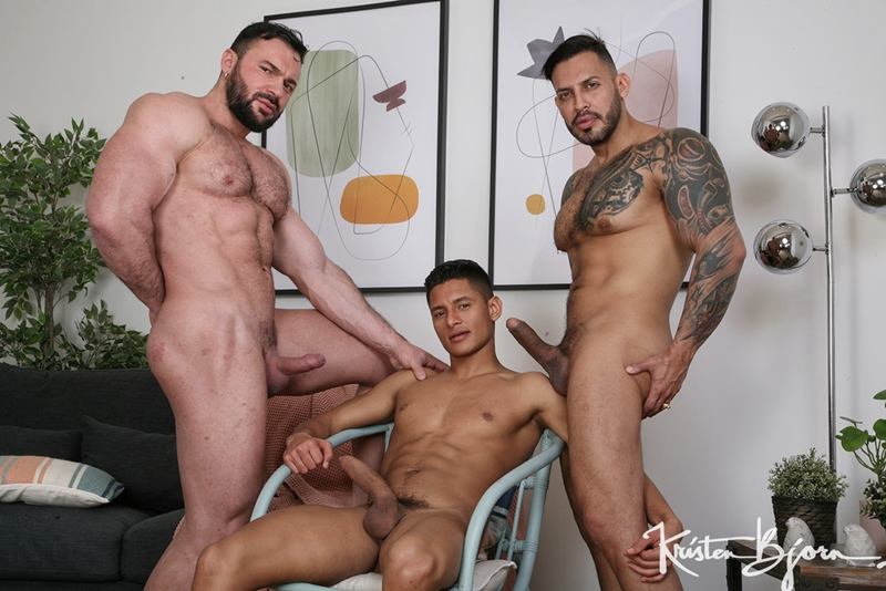 Cole Keller fucked by both Santiago Rodriguez and Viktor Roms' two huge dicks