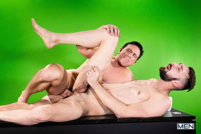 Ripped muscle stud Reese Rideout huge dick bareback fucking young hottie Johnny B hot bubble butt 022 gay porn pics - Ripped muscle stud Reese Rideout's huge dick bareback fucking young hottie Johnny B's hot bubble butt