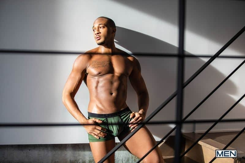 Trent King tight black asshole bare fucked ripped muscle boy Malik Delgaty huge raw cock 008 gay porn pics - Trent King's tight black asshole bare fucked by ripped muscle boy Malik Delgaty's huge raw cock