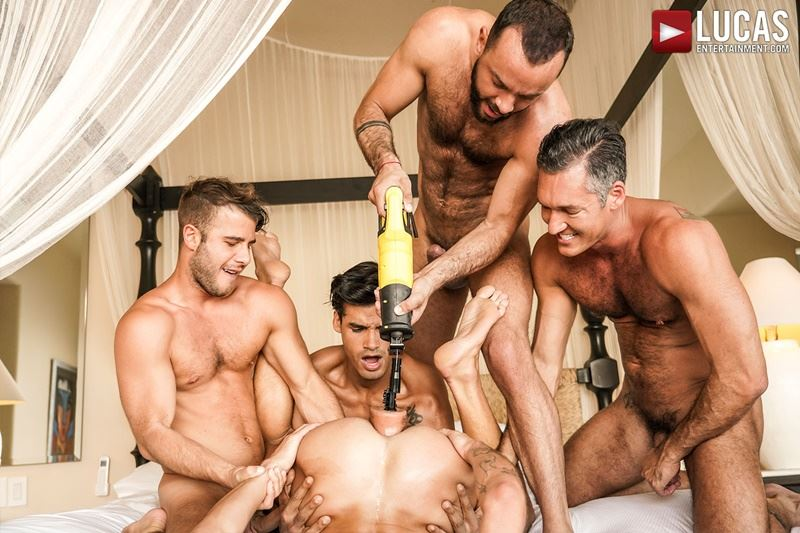 Hottie muscle studs Allen King Marco Antonio Silver Steele Sir Peter Valentin Amour bareback anal fucking Lucas Entertainment 017 gay porn pics - Hottie muscle studs Allen King, Marco Antonio, Silver Steele, Sir Peter and Valentin Amour bareback anal fucking at Lucas Entertainment