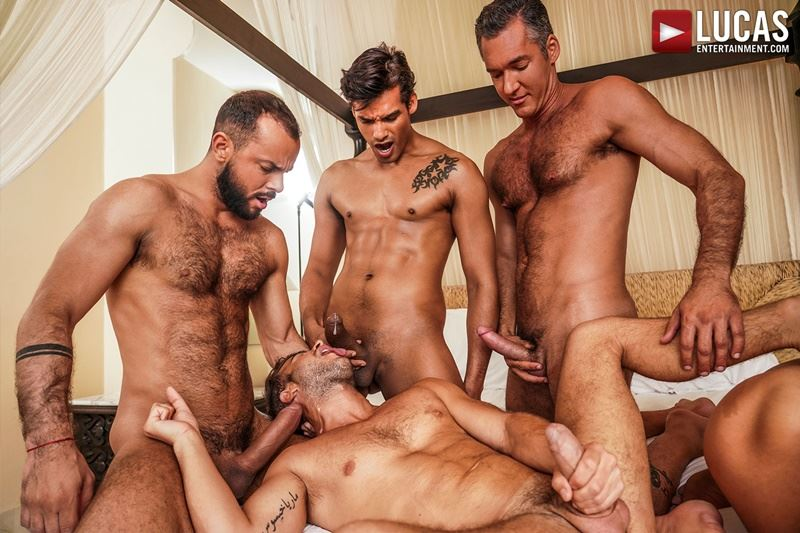 Hottie muscle studs Allen King Marco Antonio Silver Steele Sir Peter Valentin Amour bareback anal fucking Lucas Entertainment 020 gay porn pics - Hottie muscle studs Allen King, Marco Antonio, Silver Steele, Sir Peter and Valentin Amour bareback anal fucking at Lucas Entertainment