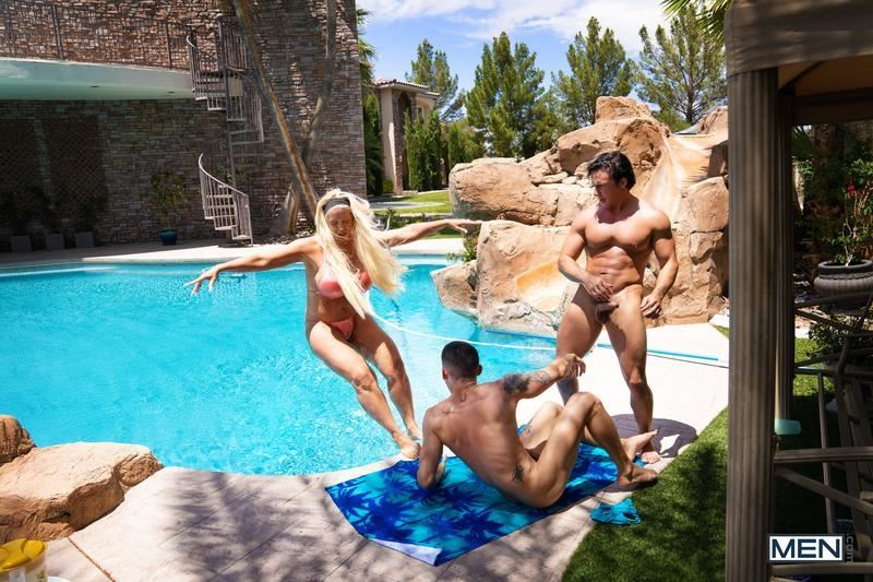 Hot horny hunk Ashton Summers tight ass hole raw fucked muscled hottie Reese Rideout Men 14 gay porn image - Hot horny hunk Ashton Summers's tight ass hole raw fucked by muscled hottie Reese Rideout at Men
