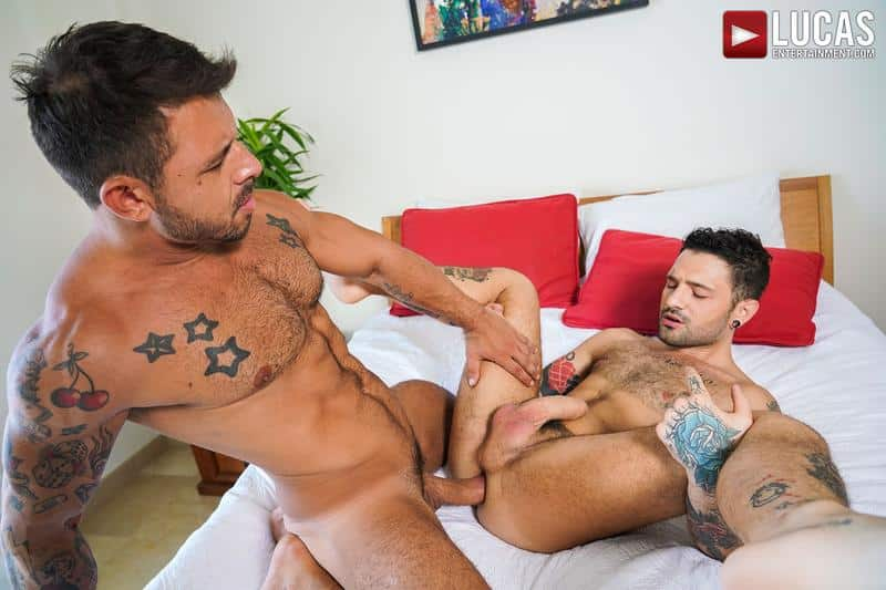 Horny muscled hunk Rudy Gram huge uncut dick raw fuck younger muscle boy Igor Lucios Lucas Entertainment 38 gay porn image - Horny muscled hunk Rudy Gram's huge uncut dick raw fuck younger muscle boy Igor Lucios at Lucas Entertainment