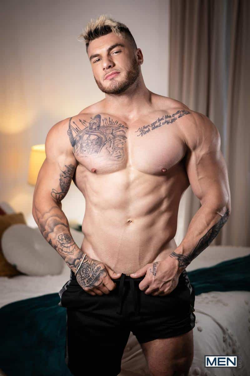 Sexy hunk Ace Quinn hot bubble ass bare fucked tattoo stud William Seed massive cock Men 5 gay porn image - Sexy hunk Ace Quinn's hot bubble ass bare fucked by tattoo stud William Seed's massive cock at Men
