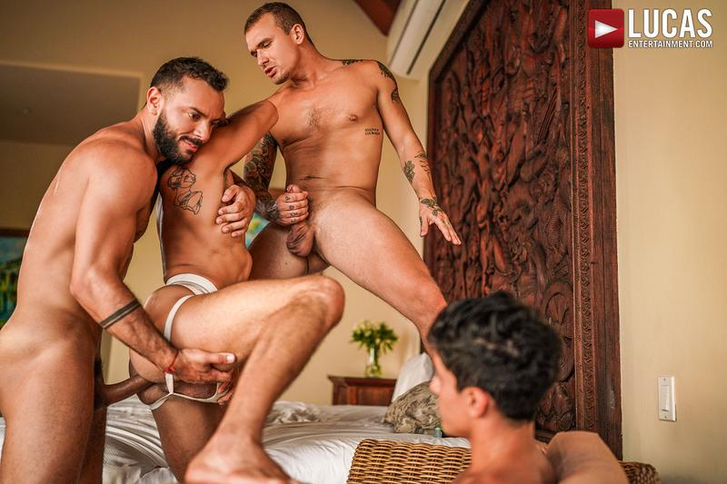 Horny muscle hunks Sir Peter Isaac X spit roast Valentin Amour lover Joaquin Santana watches Lucas Entertainment 25 gay porn image - Horny muscle hunks Sir Peter and Isaac X spit-roast Valentin Amour as lover Joaquin Santana watches at Lucas Entertainment
