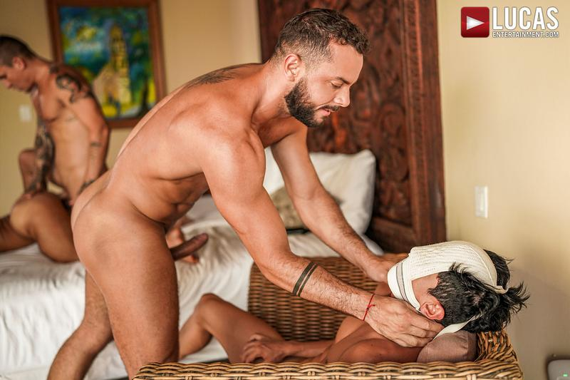 Horny muscle hunks Sir Peter Isaac X spit roast Valentin Amour lover Joaquin Santana watches Lucas Entertainment 26 gay porn image - Horny muscle hunks Sir Peter and Isaac X spit-roast Valentin Amour as lover Joaquin Santana watches at Lucas Entertainment