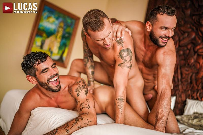 Horny muscle hunks Sir Peter Isaac X spit roast Valentin Amour lover Joaquin Santana watches Lucas Entertainment 27 gay porn image - Horny muscle hunks Sir Peter and Isaac X spit-roast Valentin Amour as lover Joaquin Santana watches at Lucas Entertainment