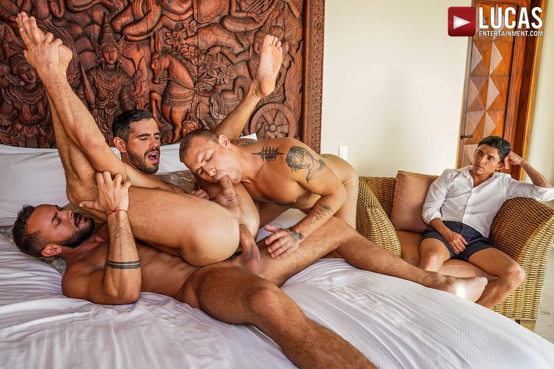 Horny muscle hunks Sir Peter Isaac X spit roast Valentin Amour lover Joaquin Santana watches Lucas Entertainment 9 gay porn image - Horny muscle hunks Sir Peter and Isaac X spit-roast Valentin Amour as lover Joaquin Santana watches at Lucas Entertainment
