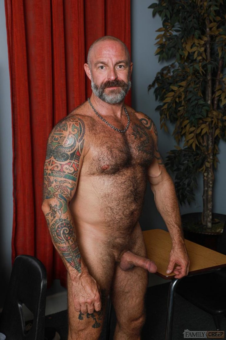 Younger older Musclebear Montreal hairy asshole bare fucked Adrian Rose Pride Studios 0 gay porn image 768x1152 - Younger for older Musclebear Montreal's hairy asshole bare fucked by Adrian Rose at Pride Studios